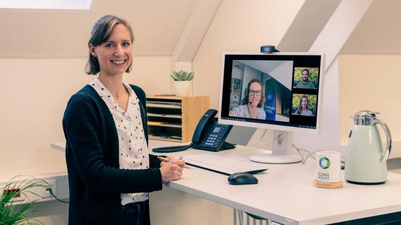 Rund um den umweltfreundlichen Wärmelieferanten Holzpellets dreht sich der Online-Vortrag der Koordinierungsstelle für Klima und Energie, den Ramona Leusch moderiert. Foto: Stadt Münster.