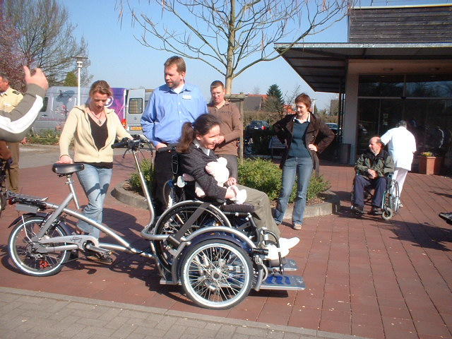 Rollstuhlfahrrad - eine Anschaffung des Förderkreises Achatiushaus