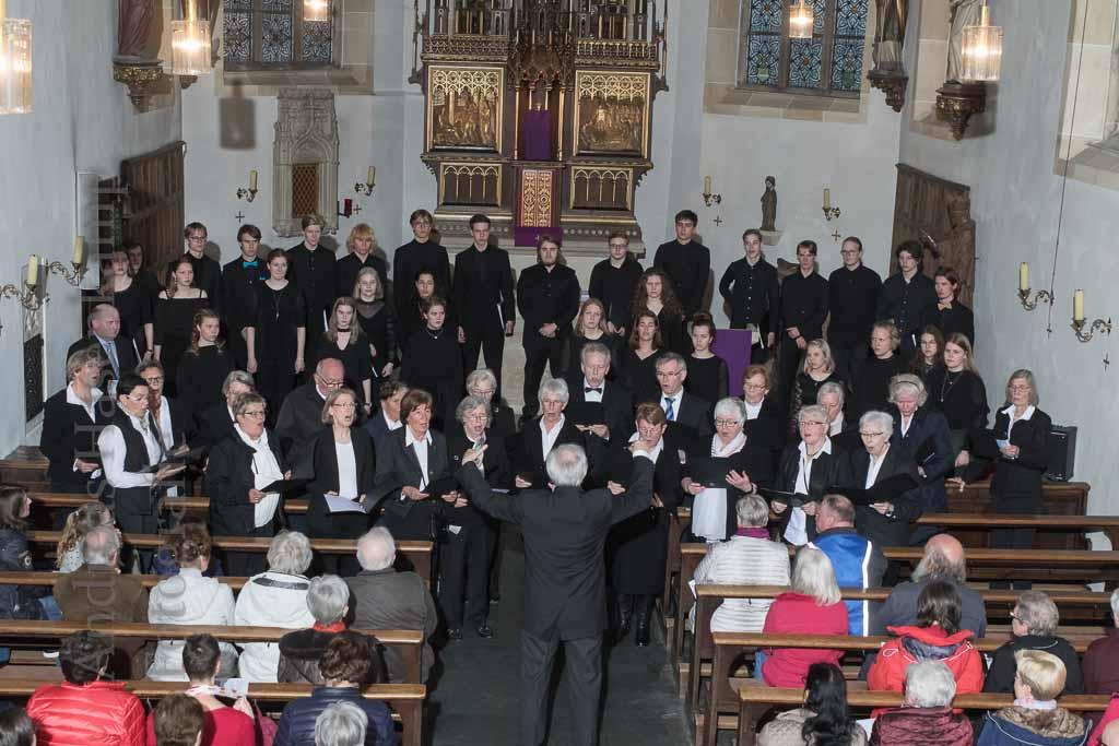 Finnischer Jugendkammerchor begeistert in Alverskirchen St. Agatha erlebt hochwertiges Chorkonzert mit besonderem Ambiente