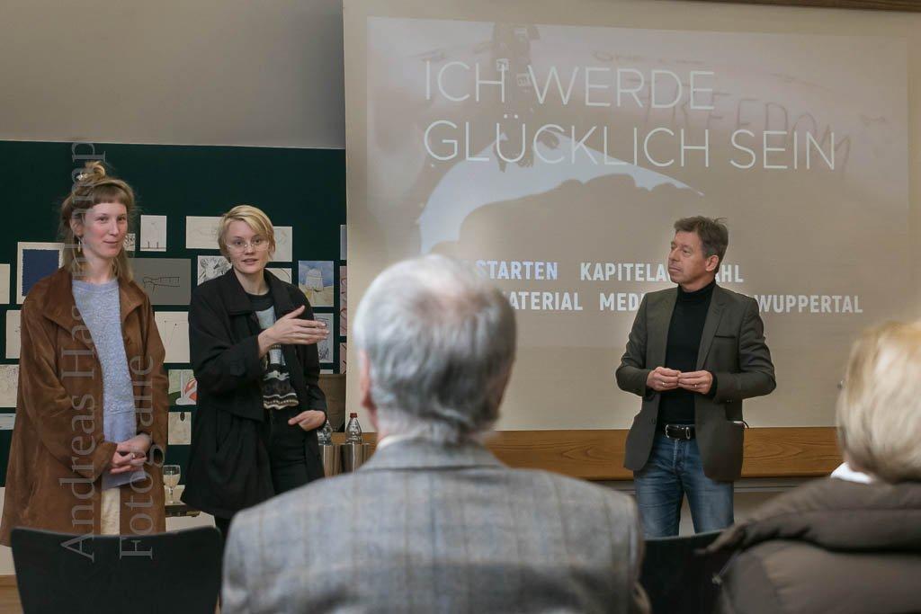 """""""Ich werde glücklich sein"""": Film mit Straftäterinnen in der Forensik vorgestellt """"Forensik Forum"""" lud Filmemacherinnen zum Gespräch ins Kunsthaus Kannen"""