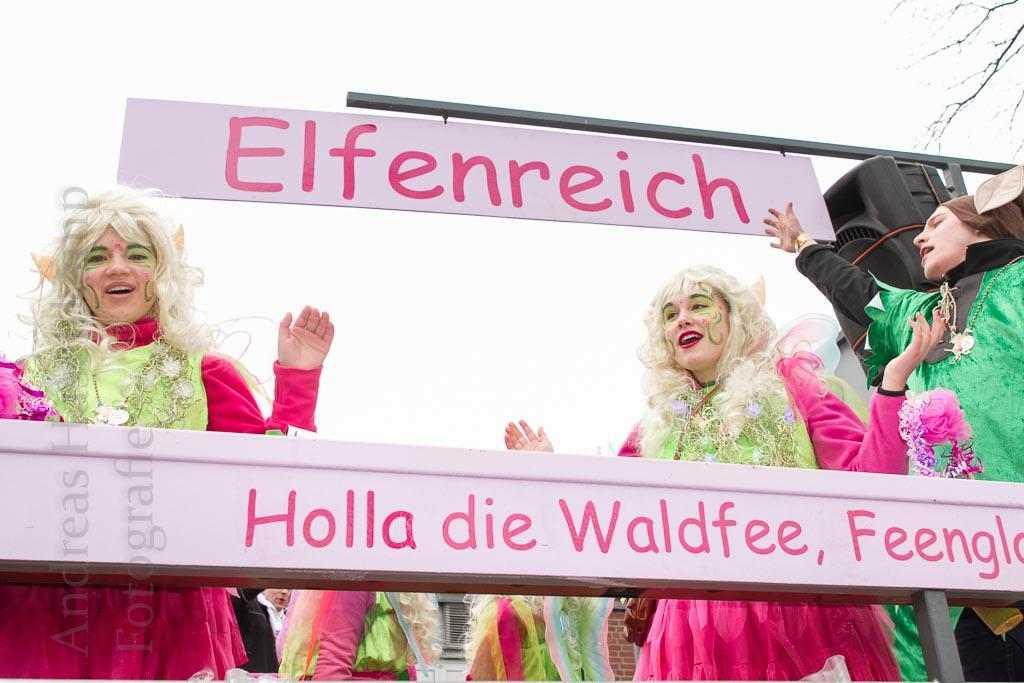 Gala 2016 AKG Emmerbachgeister: Der Saal macht mit 1
