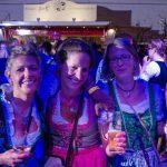 Tanzversessene Amelsbürener feiern Oktoberfest 4