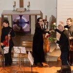 Religion und Musik: Texte fundieren außergewöhnliches Kammerkonzert in der Friedenskirche