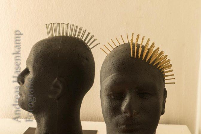 Exponate einer Kunstausstellung im Gallitzin-Haus 2018