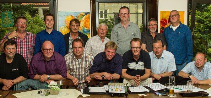Hosen-Wette läuft, Pool-Party lockt: Schützenverein Hubertus Angelmodde vergnügt