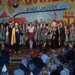 Provinzler Angelmodde bestücken ihre Gala mit innovativen Nummern 4