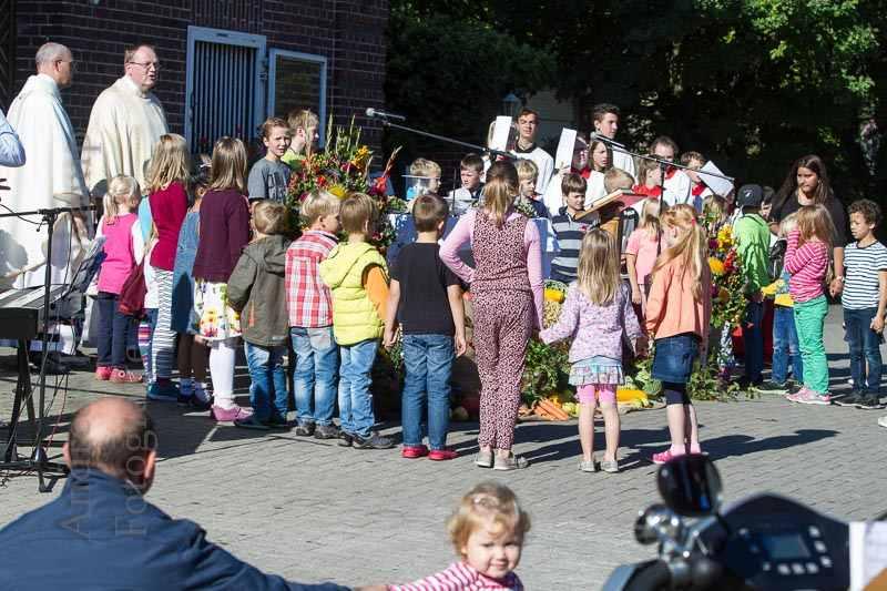 Erntedank-Gottesdienst am Hof Vornholt gut besucht 3