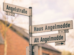 Angelstraße, Haus Angelmodde und Alt Angelmodde - Straßen in Angelmodde-Dorf. Foto: A. Hasenkamp.