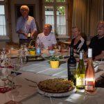 Gespräche beim Wein