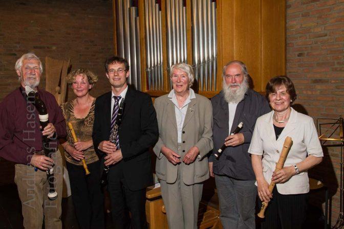 Instrumentalisten vor der Orgel in der Christuskirche in Wolbeck. Foto: A. Hasenkamp, Fotograf in Münster.