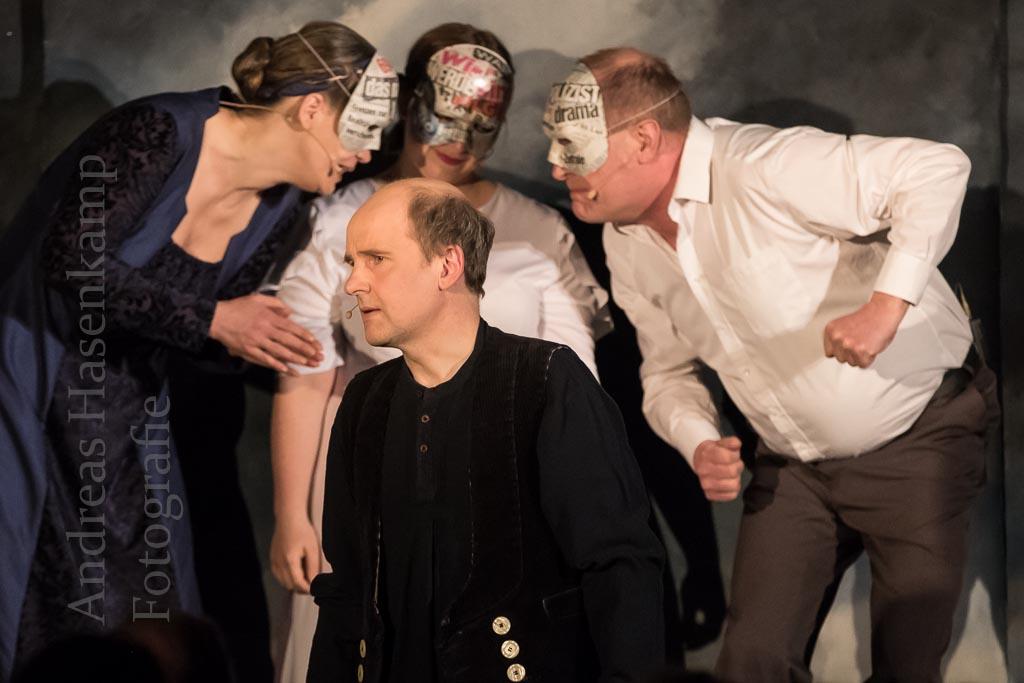 Die Frau des Pilatus: Aus einem Satz ein Theaterstück 1