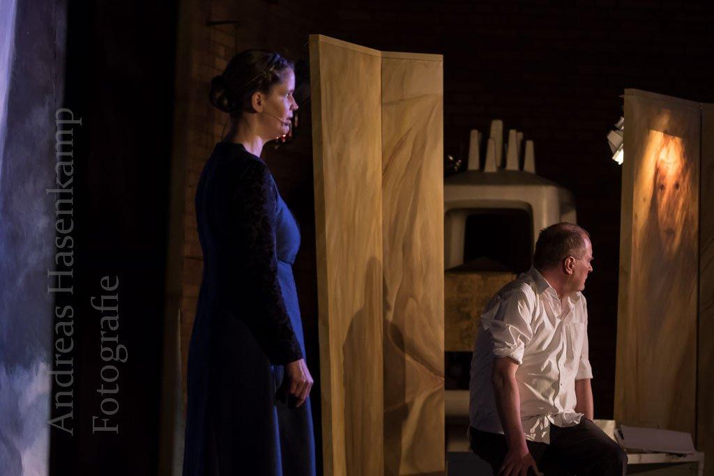 """Die Frau des Pilatus: Aus einem Satz ein Theaterstück Ensemble Theatrum zeigt """"Claudia Procula – die Frau des Pilatus"""" in St. Stephanus Münster"""