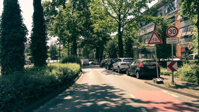 Der Düesbergweg wird im Bereich des Clemenshospitals saniert. Eine Sperrung in Richtung Kappenberger Damm ist ab dem 5. Juli notwendig. Foto: Stadt Münster.
