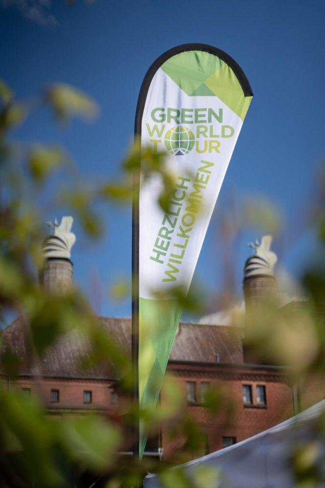 Banner der Green World Tour-Messe