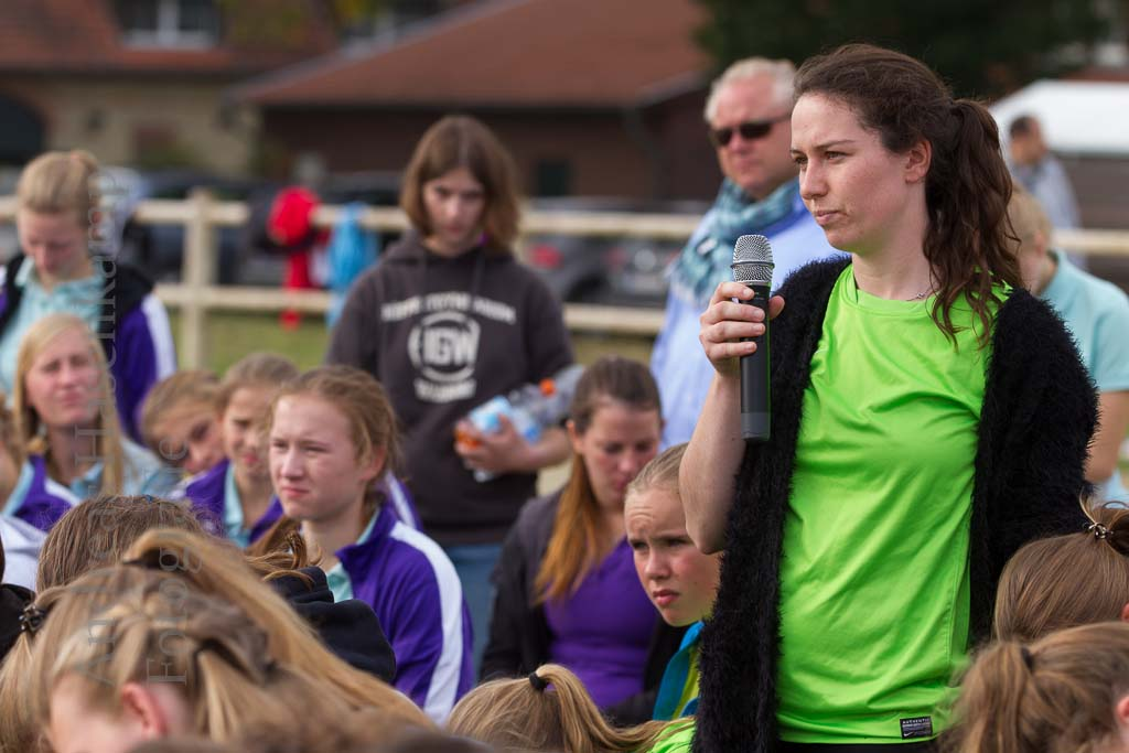 Pferdefreunde mit Sport und Polit-Talk für Jugendliche. 7