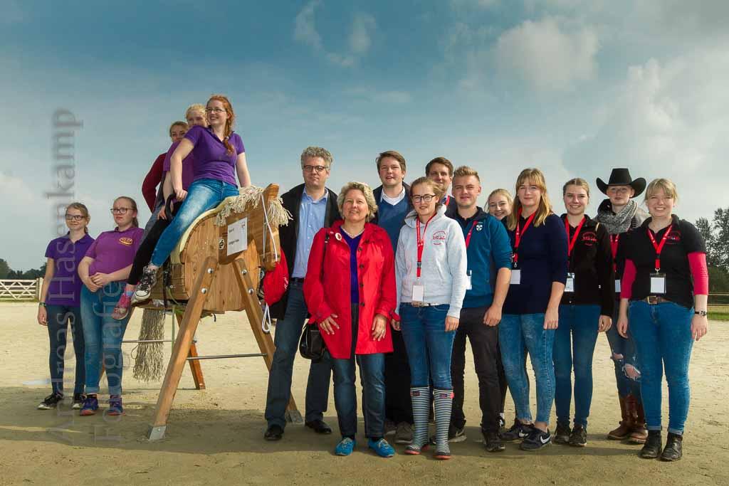 Pferdefreunde mit Sport und Polit-Talk für Jugendliche. 8