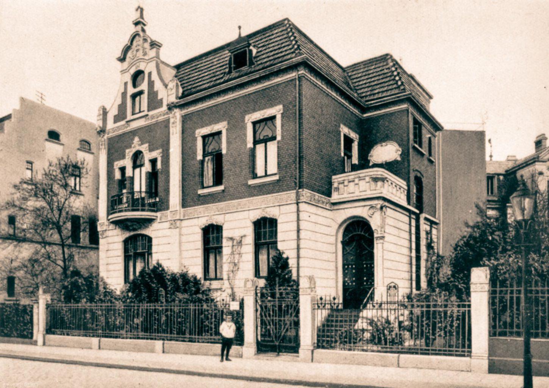Neuer Glanz für Gründerzeitgebäude im Kreuzviertel