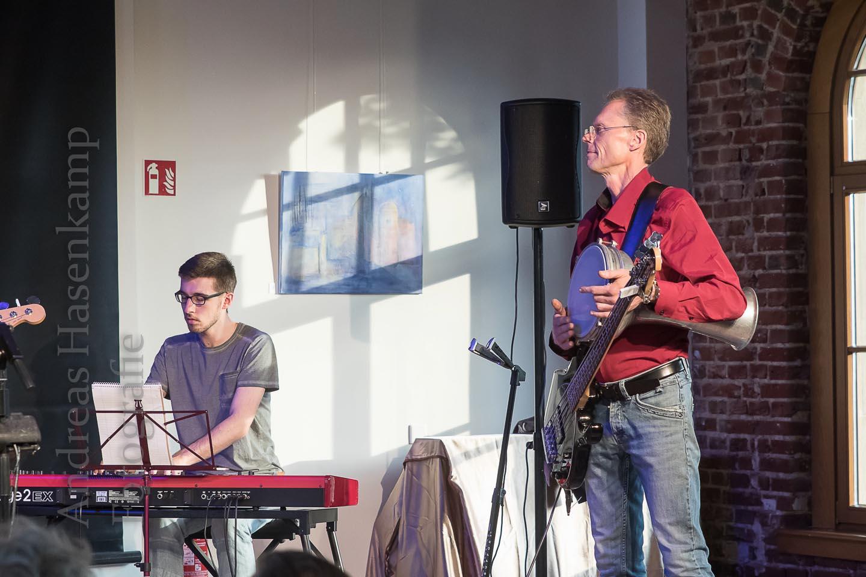 """Zu Gast: Jens Foltinowicz und Felix Wunderer """"In Concert mit Bensen und Fuchs"""" füllt Kulturbahnhof Hiltrup"""