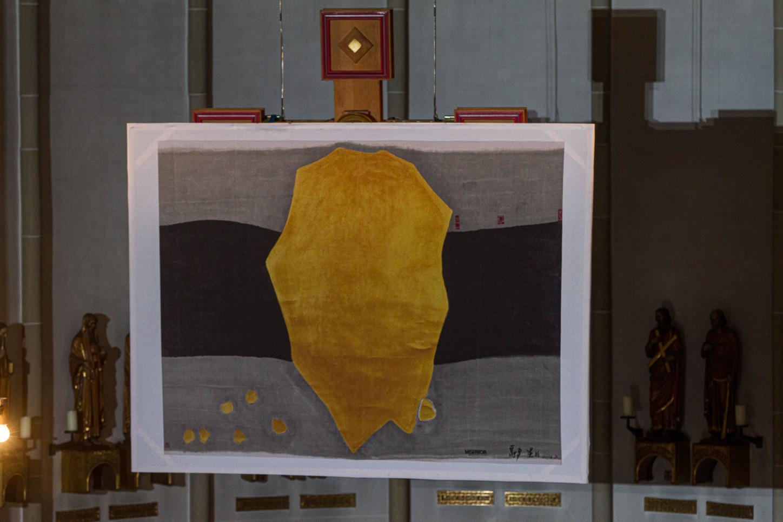 Aktionskunst verwandelt am Karsamstag Ausstellung in der St. Joseph-Kirche 65