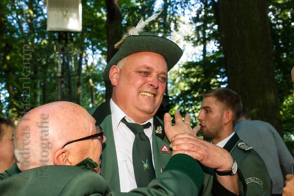 Endlich König: Dirk Rohde schafft den Schuss 3