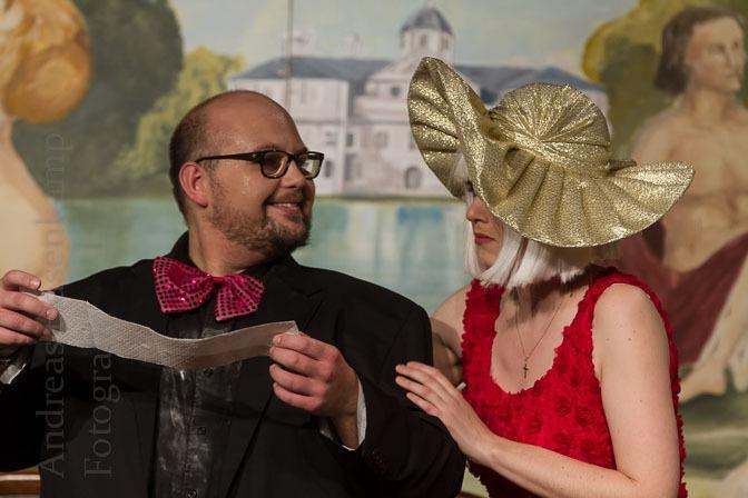 Doppelte Ehe-Komödie im Kulturbahnhof vom Theaterlabor inszeniert 5