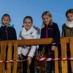 Neues Spielgerät für Schüler: Schulkonferenz-Mitglieder eröffnen Gerät an Paul-Gerhardt-Grundschule