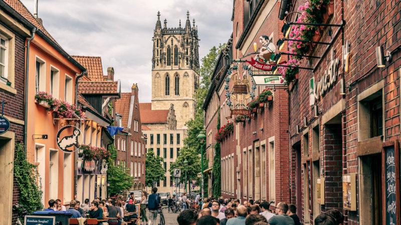 Das Kuhviertel in Münster lädt zum Ausgehen ein. Foto: Dagmar Schwelle.