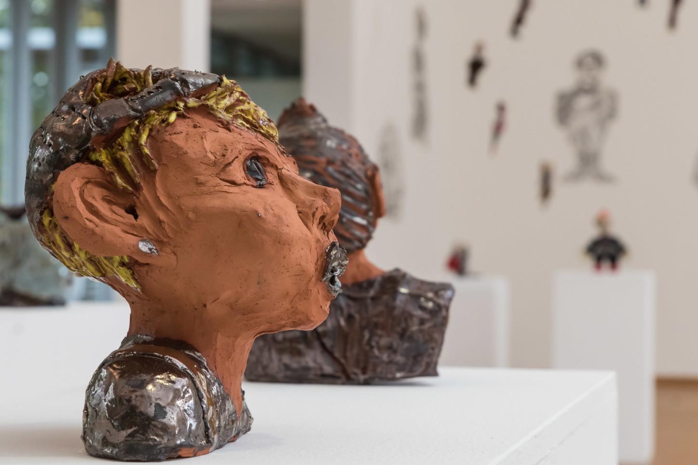 """Exponate von Nicole Szlachetka (Münster) in der Ausstellung """"In der Meeresweite meiner Seele ..."""" im Kunsthaus Kannen im Oktober 2020. Foto: A. Hasenkamp, Fotograf in Münster."""
