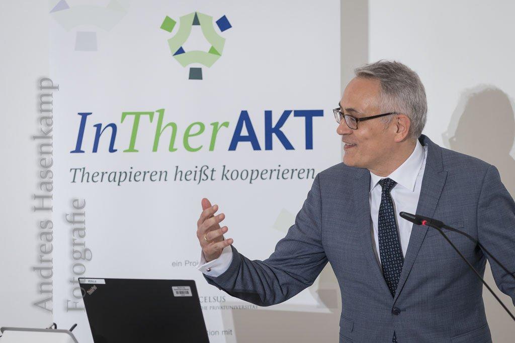 ms-InTherAKT