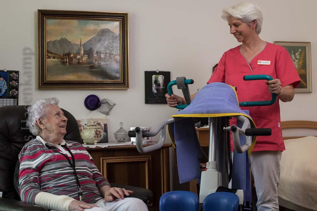 Quereinsteigerin in der Altenpflege: examinierte Altenpflegerin aus Münster erzählt