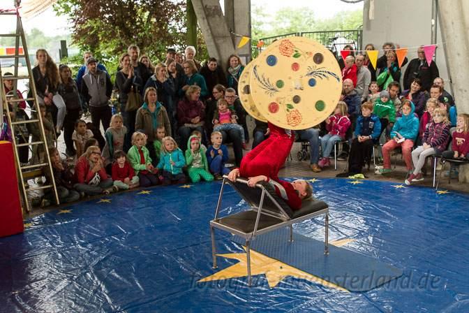 Sommerfest am Bennohaus Münster zieht Hunderte an zum Schauen und Machen 1