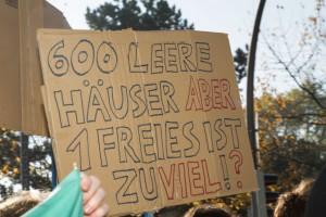 """Fotos der Demonstration """"Wem gehört die Stadt?"""" am 31.10.2015. Salzstraße, Sonnenstraße."""