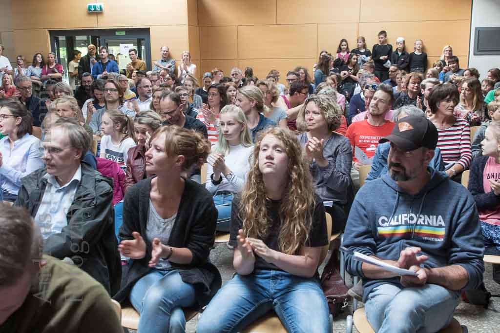 """Mathilde-Ameke-Gesamtschule: Erster """"Bunter Abend"""" mit vollem Programm 4"""