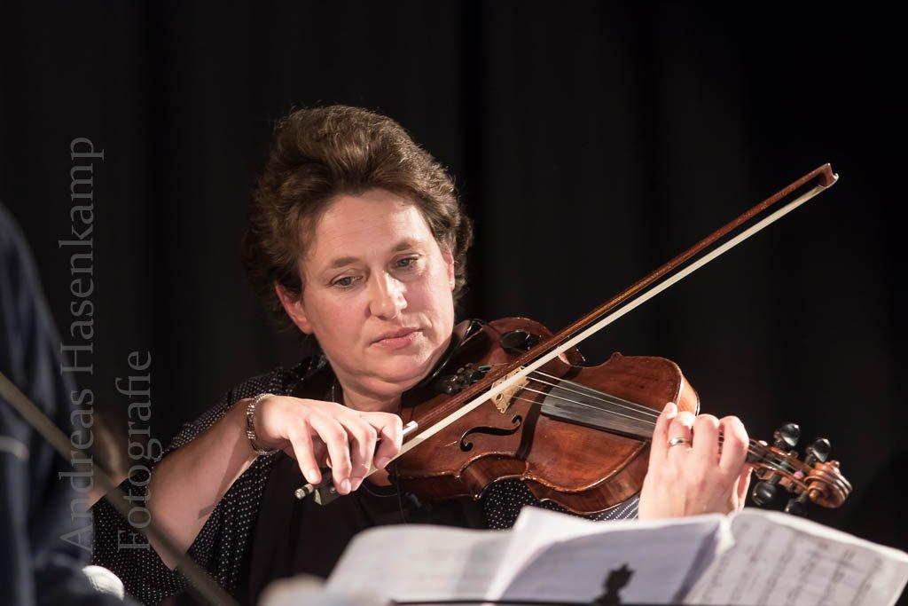 """Mathilde-Ameke-Gesamtschule: Erster """"Bunter Abend"""" mit vollem Programm 12"""