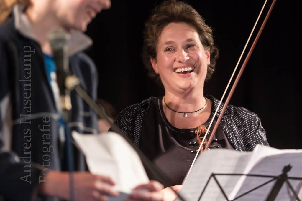 """Mathilde-Ameke-Gesamtschule: Erster """"Bunter Abend"""" mit vollem Programm 6"""