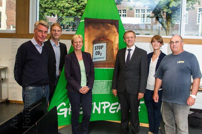 """Von """"Schnörkellosen"""" und """"Arroganten"""": Stilfragen bei Podiumsdiskussion mit OB-Kandidaten 1"""