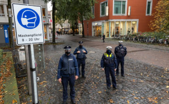 Maskenpflicht: Polizei und Ordnungsamt in Münster auf gemeinsamer Streife.