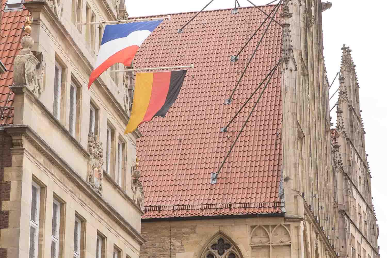 Flaggen am Rathaus zu Münster