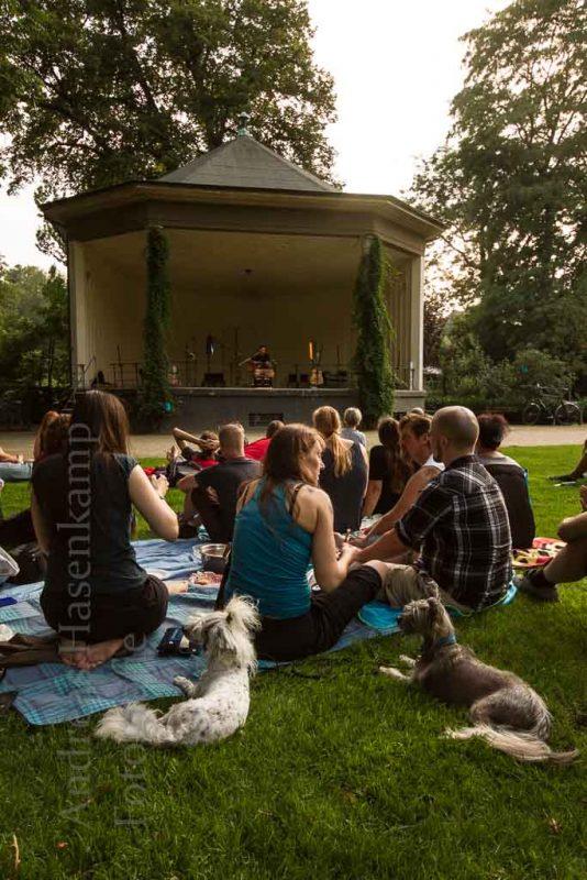 Premiere der Reihe Treibgut-Festival in Münster: Start war am Pavillon im Schlossgarten.