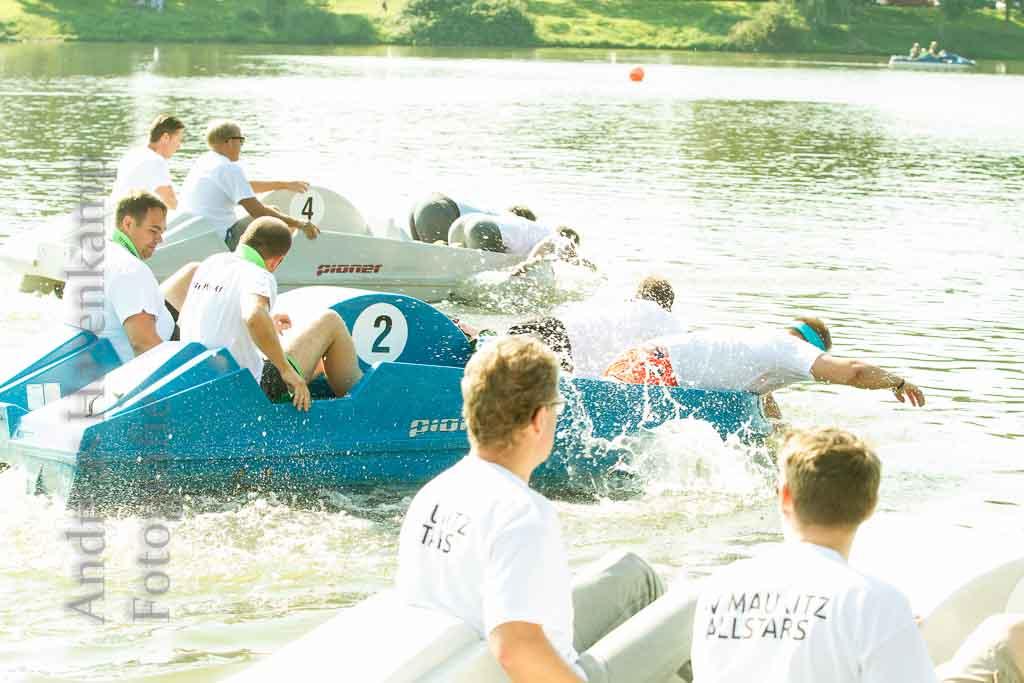6. Münsterisches Tretbootrennen läuft mehr oder weniger geradeaus 7