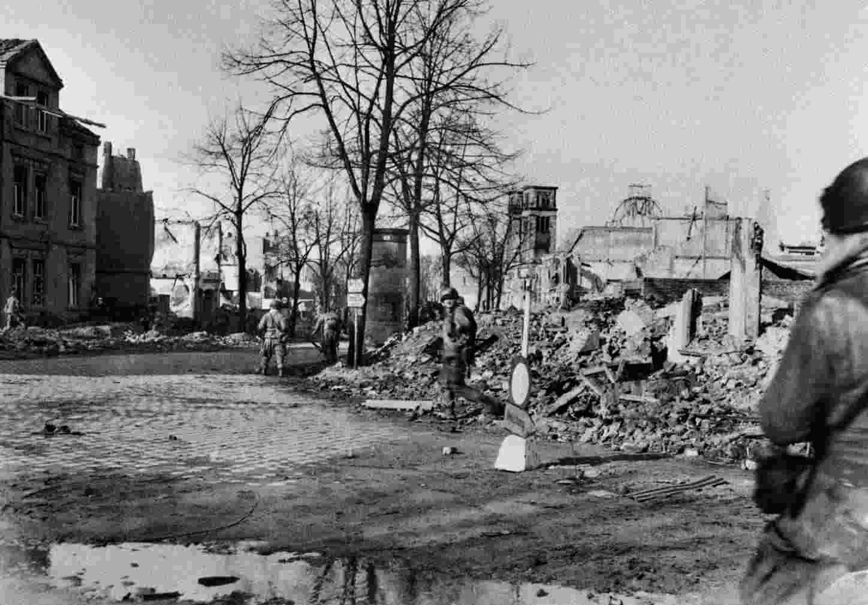 Münster 1945: Ein Neuanfang ohne Lebensmittel und Strom