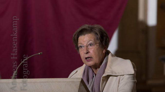 Ursula Nelles hält Fastenpredigt: Glaube und Wissenschaft? 3