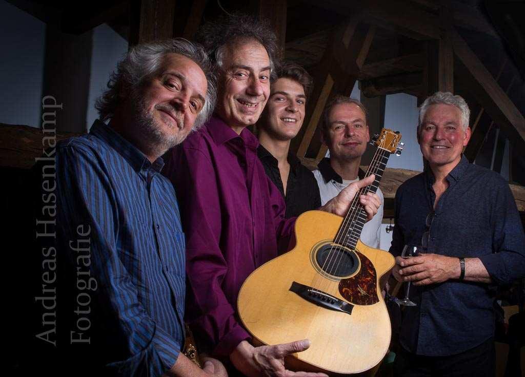 Fingerstyle-Meister im Viererpack mit Zugabe Internationaler Gitarren-Abend der Sonderklasse in Haus Siekmann