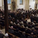 Große Anteilnahme: Beerdigungs-Gottesdienst für Kalli Hinkelmann