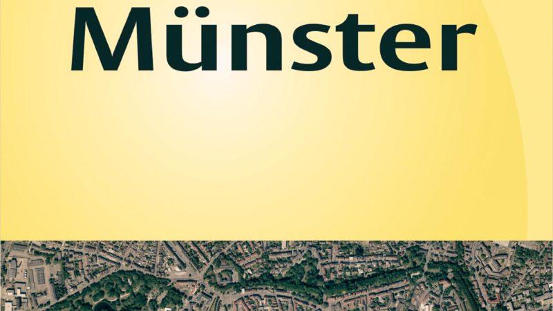 Der neue amtliche Stadtplan hat erstmals einen Umschlag aus Karton. Er liegt im Stadthaus 3 und in der Münster-Information im Stadthaus 1 aus. Foto: Stadt Münster.