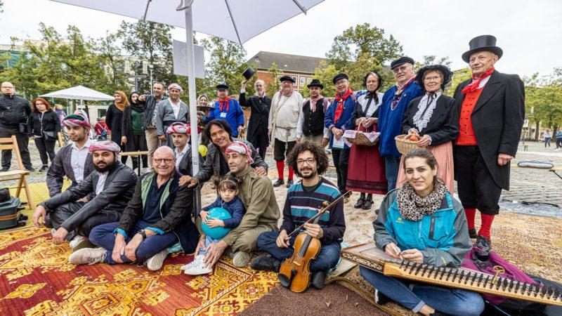 Kulturelle Darbietungen beim West-östlichen Diwan 2021 auf dem Domplatz in Münster. Foto A. Hasenkamp.