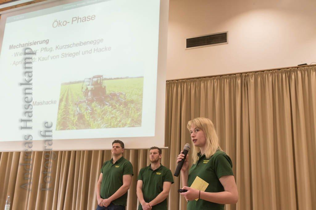 Rat für Landwirte: Auf Öko umstellen oder nicht? Schüler der Fachschule für Agrarwirtschaft stellen drei Fallanalysen vor