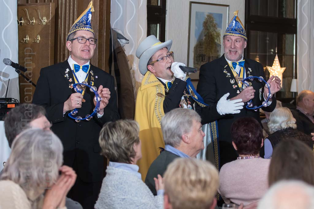 Heimatverein begrüßt Hippenmajor Dirk I Reiches Programm mit Sketsch, Gesang und Dichtkunst