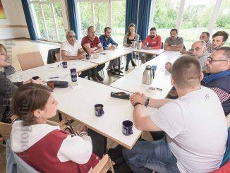 Teilnehmer am Tisch im Pfarrheim in Wolbeck.