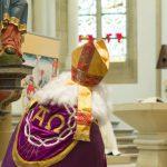 Patronatsfest von St. Nikolaus: Pfarrpatron kommt mit Smartphone